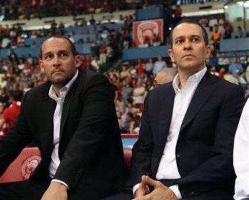 Επίθεση Αγγελόπουλων σε Βασιλακόπουλο και «κανένας παίκτης του Ολυμπιακού στην Εθνική»