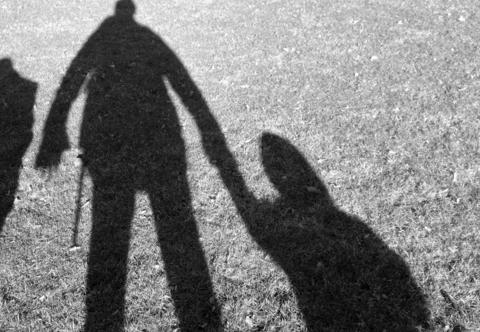 52χρονος ασέλγησε σε βάρος πέντε κοριτσιών