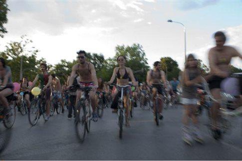 Γυμνή ποδηλατοδρομία και φέτος στη Θεσσαλονίκη
