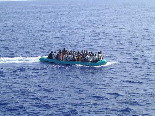 «Καραβιά» μεταναστών στις Σποράδες