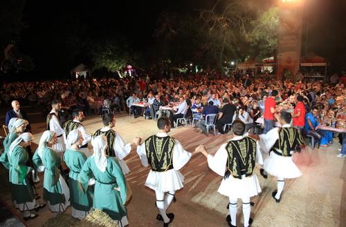 Για 2η χρονιά η AMSTEL γιόρτασε μαζί με τους παραγωγούς της την «Ημέρα Θερισμού Ελληνικής Γης»