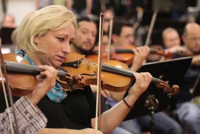 Προλήψεις για «λογικά» και «αξιοπρεπή» μουσικά σύνολα στη ΝΕΡΙΤ