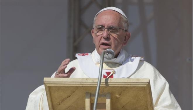 Πάπας Φραγκίσκος: «Αφορισμένοι όσοι είναι μέλη της μαφίας της Καλαβρίας, της Ντράγκετα»