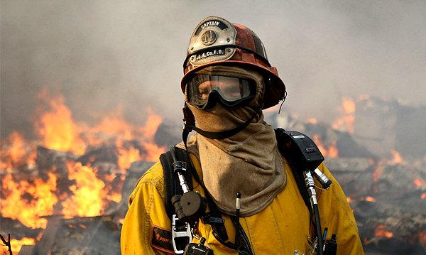 Πυρκαγιά στον Αγιόκαμπο έφτασε εώς αυλές σπιτιών