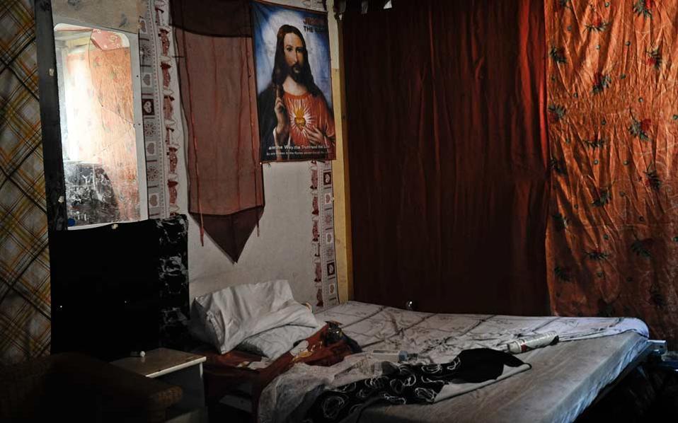 Απάντηση-σοκ Μπαρτολόν για τον βασανισμό του Ρομά