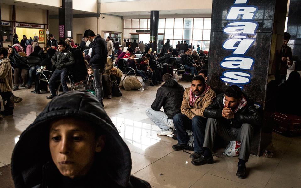 Η Αγκυρα πλέον θα δέχεται πίσω λαθρομετανάστες