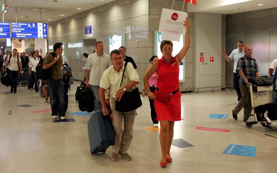 Αυξήθηκαν κατά 16,9% οι αεροπορικές αφίξεις τουριστών το α΄ πεντάμηνο