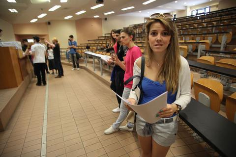 Στη Βουλή η τροπολογία για τις μετεγγραφές φοιτητών