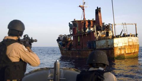 Σομαλοί πειρατές: «ούνα φάτσα, ούνα ράτσα» με την Μαφία!