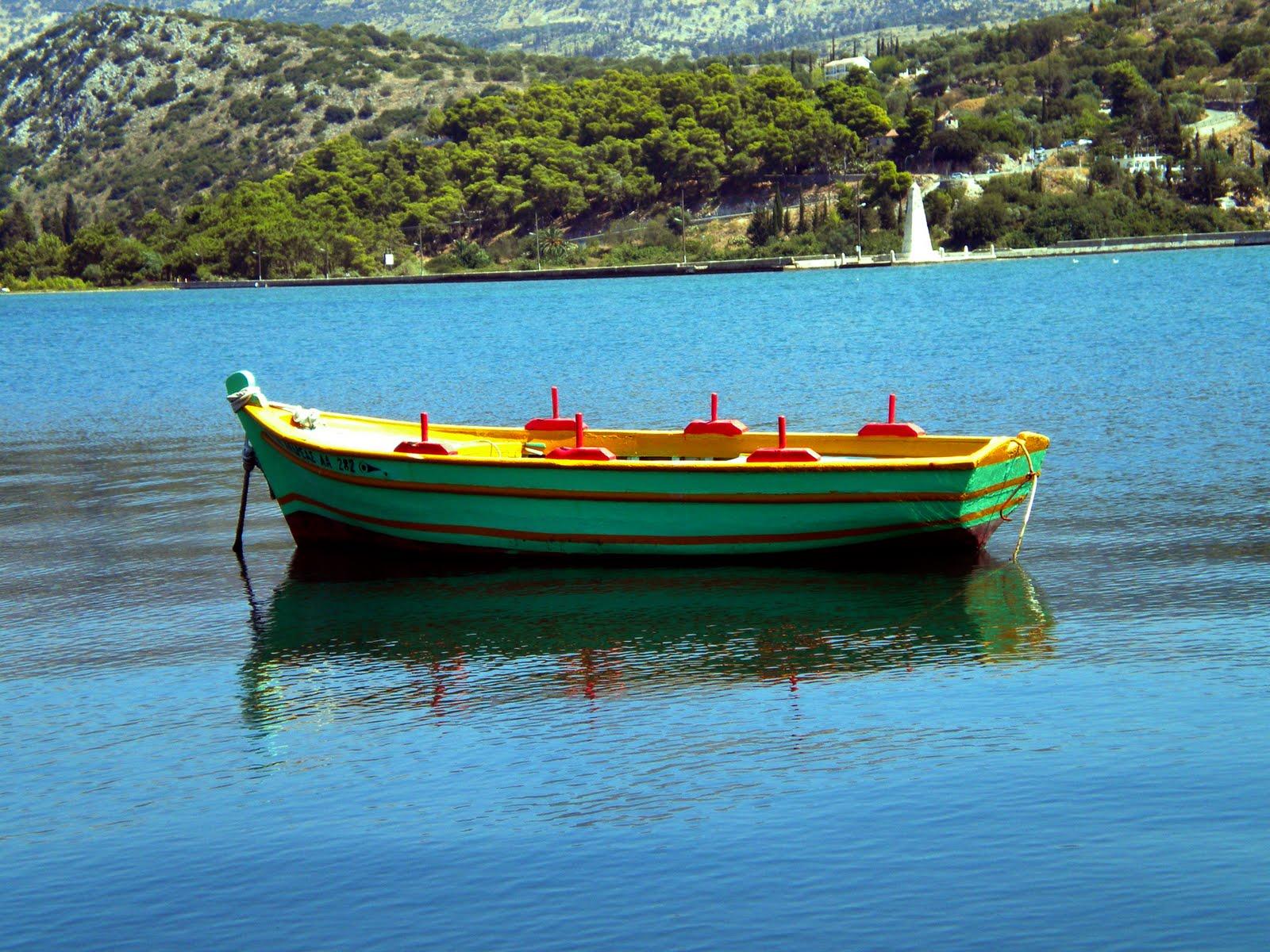 Εντοπίστηκε βάρκα ανοικτά της Σκιάθου