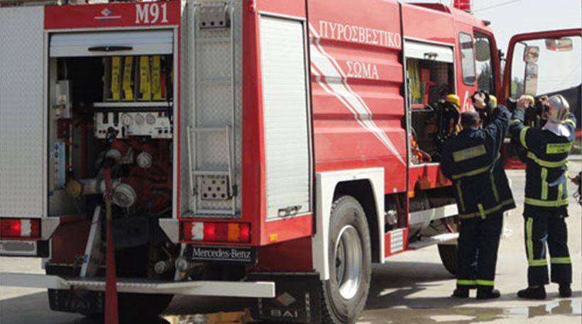 Πυρκαγιά εγκλώβισε δύο παιδιά στη Σκιάθο