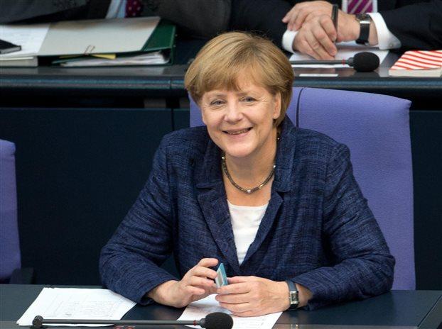 Deutsche Welle: Η Μέρκελ διαψεύδει, αλλά…