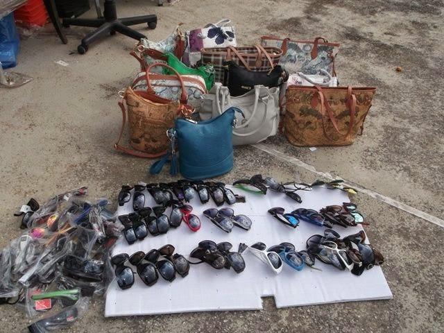 Κατασχέθηκαν 2.569 προϊόντα παράνομου υπαίθριου εμπορίου σε Βόλο και Αλμυρό