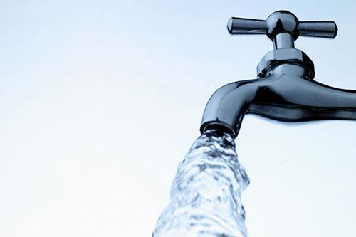 Χείριστης ποιότητας το νερό του Βόλου ~ ΣΥΜΦΩΝΑ ΜΕ ΤΙΣ ΜΕΤΡΗΣΕΙΣ ΤΗΣ ΔΙΕΥΘΥΝΣΗΣ ΥΓΕΙΑΣ