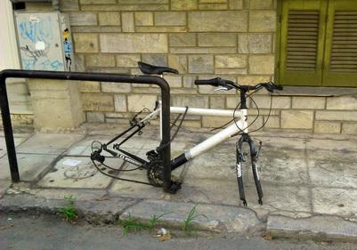 Ποδήλατα χωρίς… ρόδες ~ ΑΥΞΑΝΟΝΤΑΙ ΤΑ ΚΡΟΥΣΜΑΤΑ