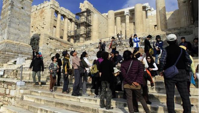 Ξεπέρασαν τις 3,5 εκατ. οι αφίξεις τουριστών μεταξύ Ιανουαρίου και Μαΐου