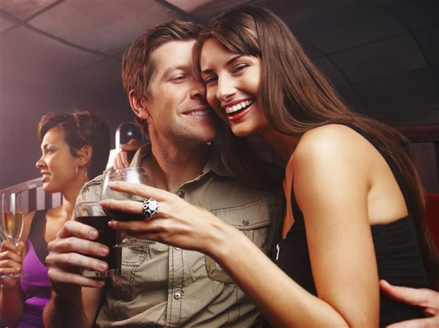 ΟΟΣΑ: Χαμηλότερη από τον μέσο όρο η κατανάλωση αλκοόλ στην Ελλάδα
