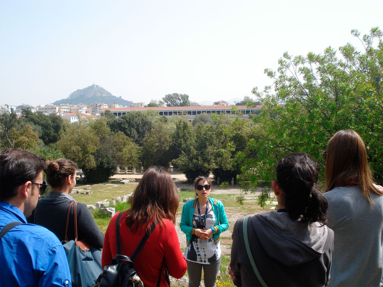 Ταχύρρυθμα προγράμματα κατάρτισης ξεναγών στα Πανεπιστήμια Αιγαίου και Ιονίου