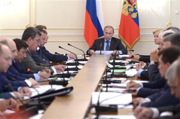 Ρωσία: Οι νέες κυρώσεις των ΗΠΑ είναι «καταστροφικές»