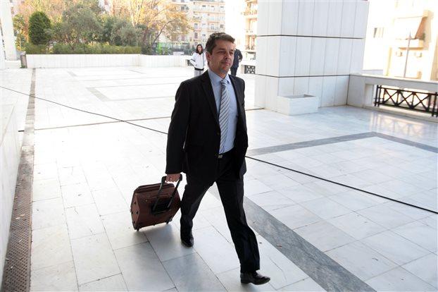 Στην φυλακή θα παραμείνει ο βουλευτής της ΧΑ Στ. Μπούκουρας