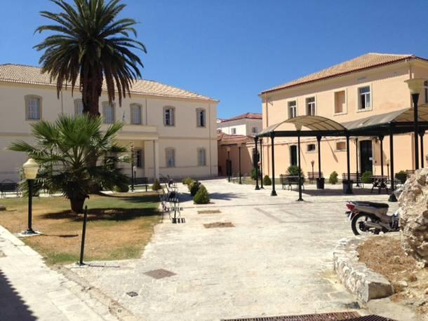 Στο ΣτΕ ο δήμος και φορείς της Κέρκυρας για την παραχώρηση του Ψυχιατρείου στο ΤΑΙΠΕΔ χωρίς αντάλλαγμα
