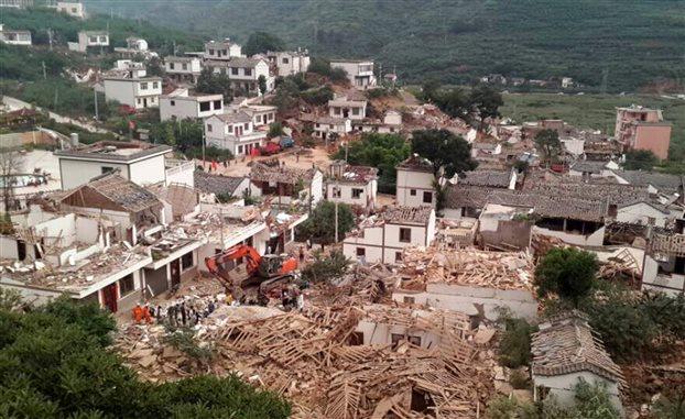 Στους 381 έφτασαν οι νεκροί από τον ισχυρό σεισμό στη Κίνα