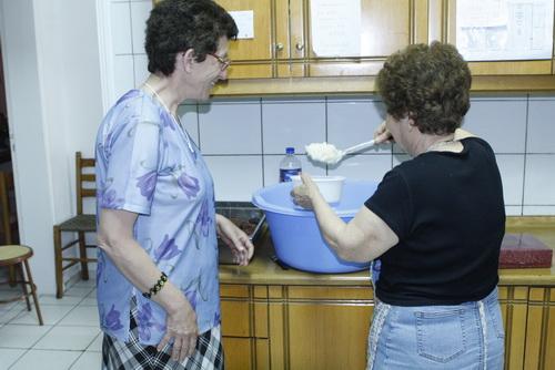 Μόνο το «Δος Ημίν» ανοιχτό για ένα πιάτο ζεστό φαγητό στους άπορους