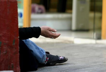 Σύλληψη 35χρονου για επαιτεία στα Τρίκαλα