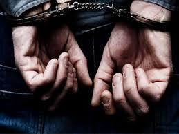 Τέσσερις συλλήψεις σε Λάρισα και Τρίκαλα για εκκρεμή καταδιωκτικά έγγραφα