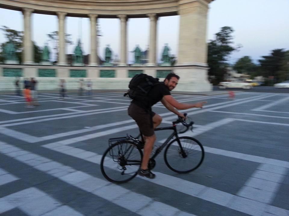 Για 28 μέρες στο ποδήλατο