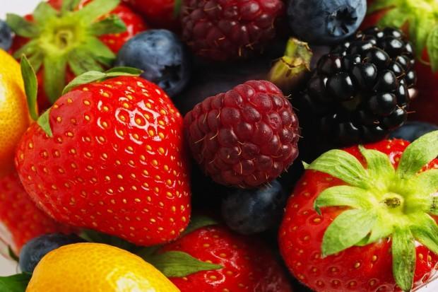 Ενάμιση φρούτο την ημέρα προστατεύει από έμφραγμα-εγκεφαλικό