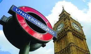 Ενα μήνυμα για τρομοκρατική επίθεση στο μετρό έσπειρε τον πανικό στο Λονδίνο