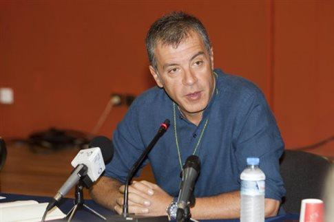 Αναθεώρηση Συντάγματος και αλλαγή εκλογικού νόμου ζητεί ο Στ.Θεοδωράκης