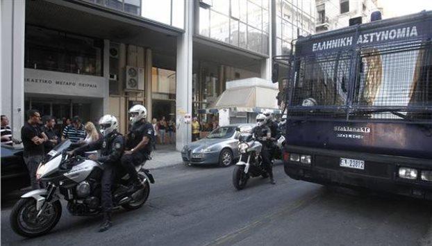 «Κόκκινος» συναγερμός στην ΕΛ.ΑΣ για χτύπημα κατά αστυνομικού στόχου