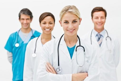 Υμνοι των Γερμανών: Οι Ελληνες γιατροί ήρθαν στη χώρα μας και ανέβασαν την ποιότητα του συστήματος υγείας