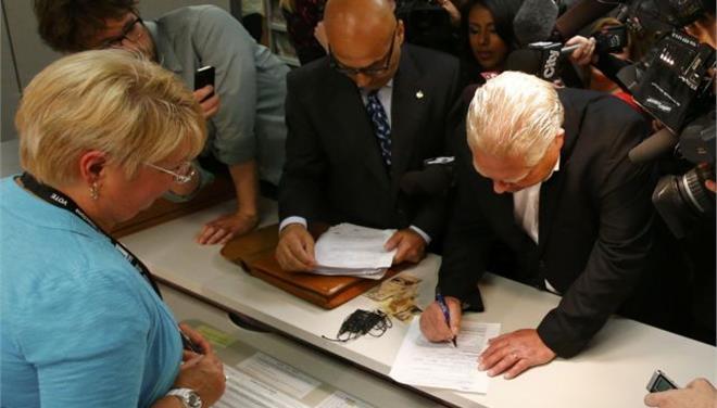 Καναδάς: Δεκατρείς Έλληνες θέτουν υποψηφιότητα για δημοτικοί σύμβουλοι στο Δήμο του Τορόντο