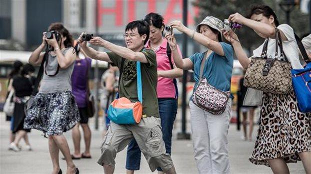 Πρόεδρος Σι προς Κινέζους τουρίστες: Να φέρεστε πολιτισμένα στο εξωτερικό