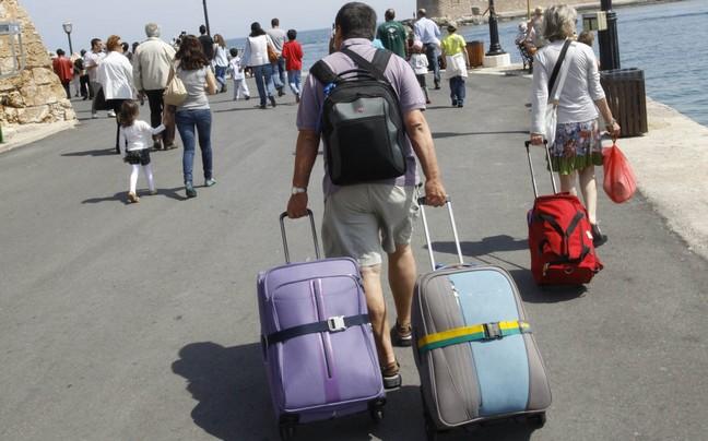 Οι τουρίστες δεν προτιμούν την Ελλάδα μόνο το καλοκαίρι -10,5 εκατ. ήρθαν στη χώρα το πρώτο 7μηνο του 2014