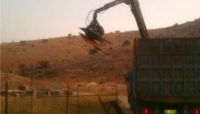 Το παράνομο νεκροταφείο Γλυφάδας κατεδάφισε η Αποκεντρωμένη Διοίκηση Αττικής