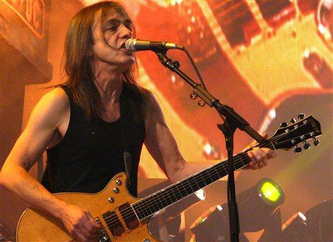 Από άνοια πάσχει ο κιθαρίστας των AC/DC, Μάλκολμ Γιανγκ
