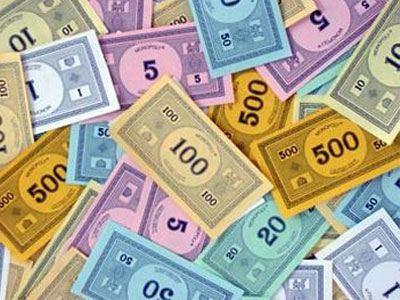 Έλληνας κοσμηματοπώλης «πληρώθηκε» 6 εκατ. ευρώ σε χαρτονομίσματα Monopoly