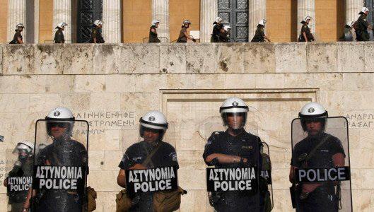 Interpol: Η Ελλάδα είναι από τις πιο αστυνομοκρατούμενες χώρες του κόσμου