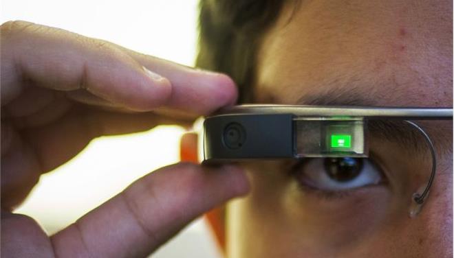 «Υποπτα» για εθισμό τα Google Glass - Αμερικανός νοσηλεύτηκε με συμπτώματα εξάρτησης