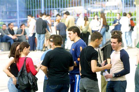 Συστηματικοί καπνιστές το 70,4% των μαθητών Λυκείου