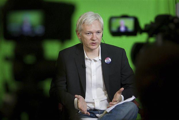 Τζούλιαν Ασάνζ: Στην ίδια βιομηχανία ανήκουν NSA και η Google