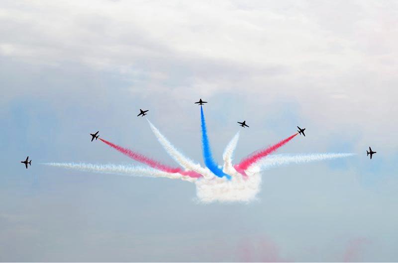 Εντυπωσιακές αεροπορικές επιδείξεις