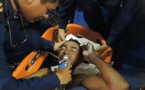 Βίντεο: Καρέ-καρέ η διάσωση ναυαγού στον Ειρηνικό Ωκεανό