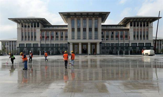 Τουρκία: Παρανομίες και σκάνδαλα στο «Λευκό Ανάκτορο»
