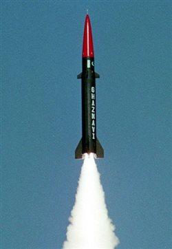 Δοκιμαστική εκτόξευση βαλλιστικού πυραύλου πραγματοποίησε το Πακιστάν