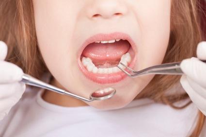 Δωρεάν οδοντιατρικός έλεγχος για μαθητές στο Δήμο Ρήγα Φεραίου